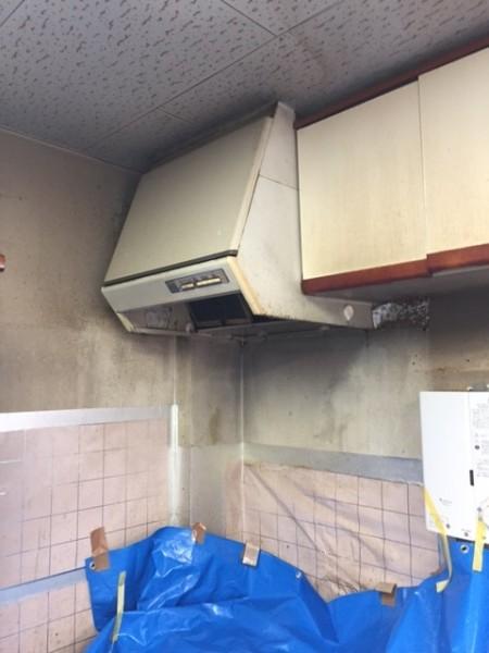 レンジフード交換工事横浜マンション キッチン 換気扇 2
