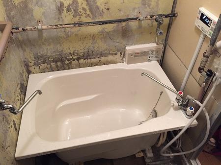 風呂釜の交換方法の解説。その7