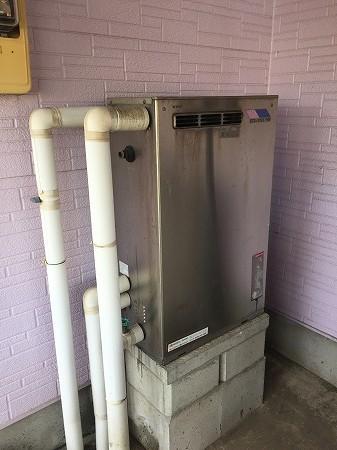 石油給湯器の取り付け工事【厚木市】石油給湯器の取り付け工事のみの費用は、他社より割安です。その1