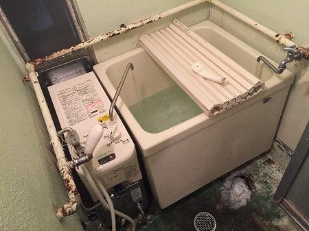 【ガスター  SR-S1】バランス釜のお取替え工事 【藤沢市大庭】ガスター製風呂釜sr-s1からの交換工事は、経験豊富な当社にお任せください。その6
