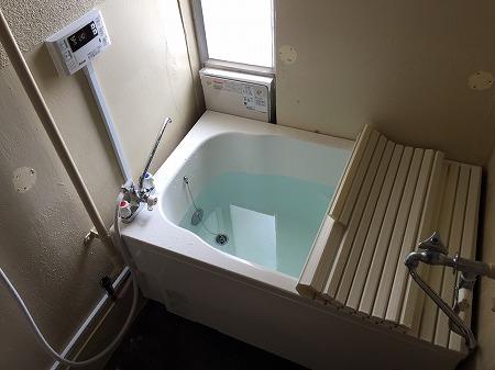 広い浴槽と団地用風呂釜の新規設置工事【横浜市緑区東本郷】7