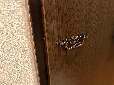 ドアや引き出しの取っ手の交換・取り替え方法【道具があれば超簡単】20