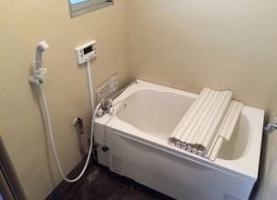 団地用シャワー専用給湯器セットの取り付け工事【川崎市幸区河原町】