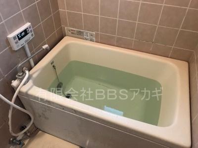 ガスターHOL-1600DA&浴槽セットのお取り替え工事【横須賀市湘南鷹取】故障したガス給湯器のお取り替え工事の施工実績です。その5