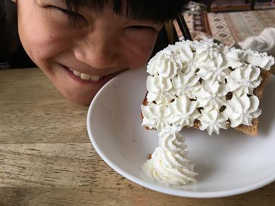 絵作りシフォンケーキとおねーちゃん