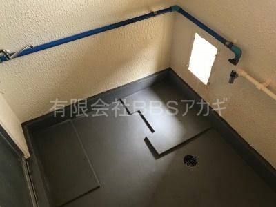 こちらは風呂釜を設置する前のお風呂場のお写真です。 団地用風呂釜の新規設置工事【市営住宅 in 三浦市初声町】
