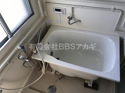 団地用浴槽セットの新規取り付け工事【県営住宅 in 横須賀市】2