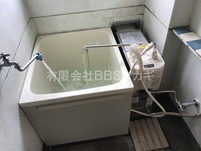 新しい浴槽&風呂釜が設置されました!|ガスター「SR-S」+浴槽のお取り替え工事【市営住宅 in 横浜市金沢区】