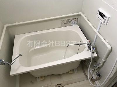 浴槽を収めたところの写真です