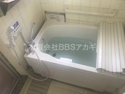 リフォーム後のリモコン式お風呂のお写真です。 バランス釜からリモコン式お風呂へのリフォーム工事【横浜市神奈川区】